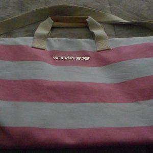 NEW Large Victoria Secret Duffle Bag